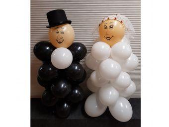Bruidspaar van ballonnen