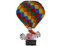 Ooievaar in gekleurde ballon